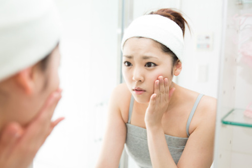 Les astuces maison pour garder une peau jeune