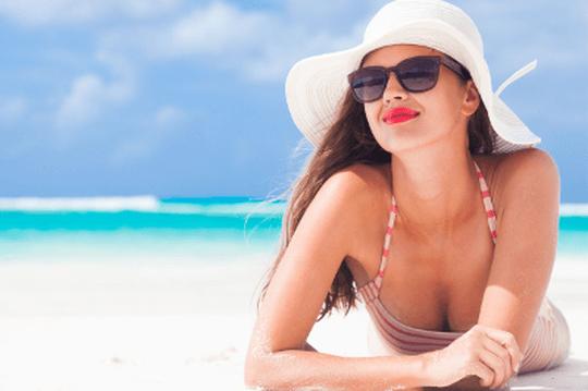 Astuces Comment se maquiller sur la plage