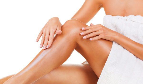 5-astuces-naturelles-contre-les-jambes-lourdes